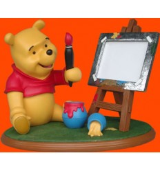 WINNIE PAINTER WITH EASEL HOLDER PICTURES