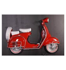 MOTO SCOOTER PARED ROJA