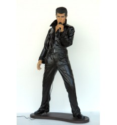 (20 EXC) ROCK & ROLL SINGER STANDING WIT