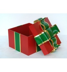 (20 EXC) GIFT BOX WITH GREEN RIBBON