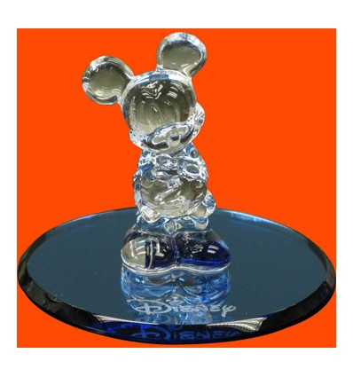 figura de mickey mouse