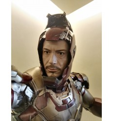IRON MAN 3 VERSION ROBERT DOWNEY